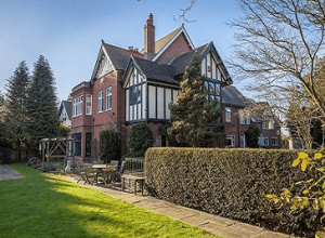 5 bed detached house for sale in Norwich